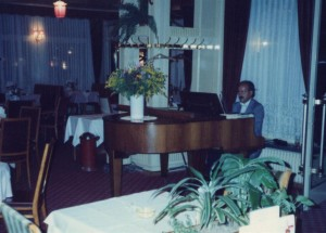 Piano - Interlaken Swiss 1989